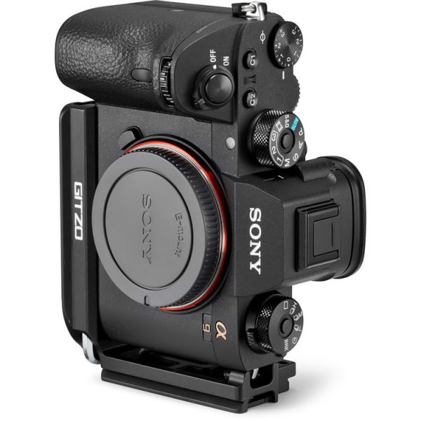 Gitzo L-Bracket for Sony a7R III and a9 Cameras