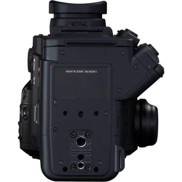 Canon C300 Mark II Bottom