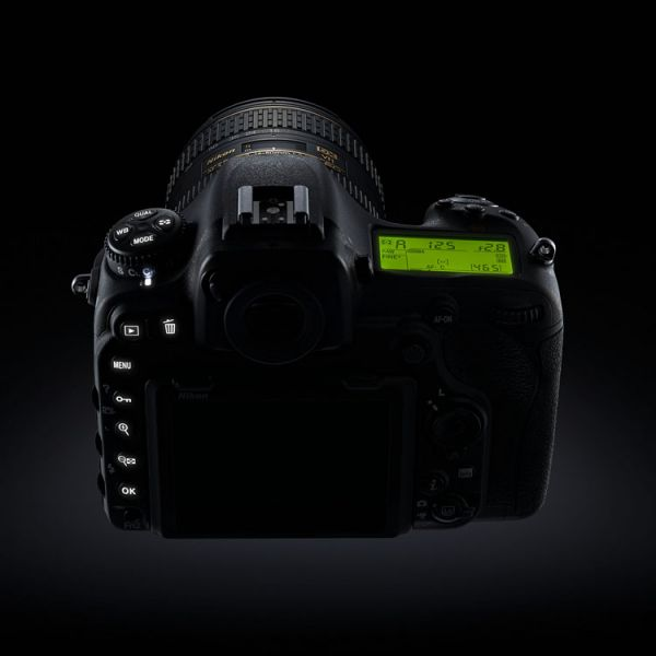 Nikon D500 Button Illumination