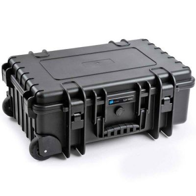 B&W Type 6600 Black Case With Dividers on Wheels