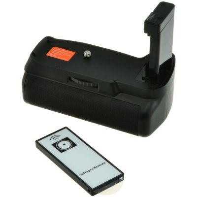 Jupio Battery Grip and Remote for Nikon D3100 / D3200 / D3300 / D5300